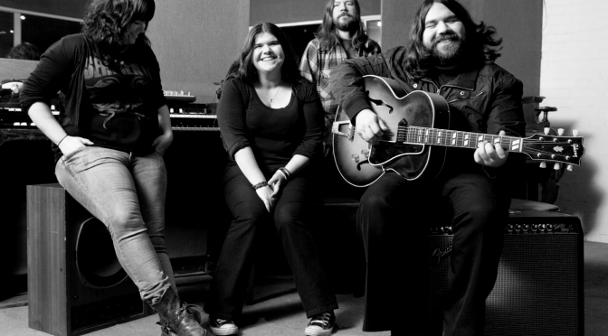 The Magic Numbers – Sweet Divide