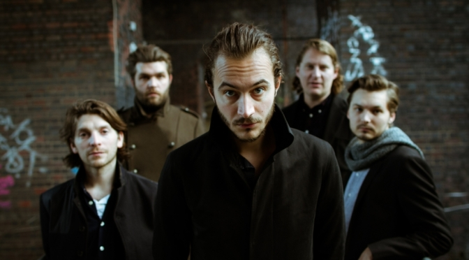 Editors regresan con Violencia