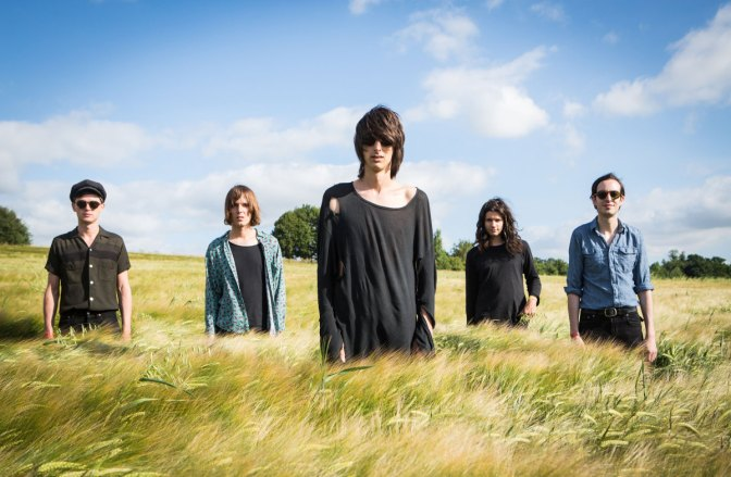 #99 The Horrors – I See You