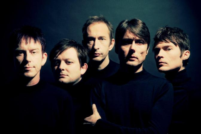 Suede – Pale Snow
