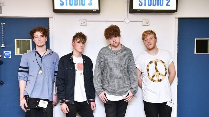 #8 Viola Beach – Swings & Waterslides