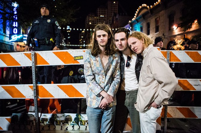 Blaenavon – Lonely Side